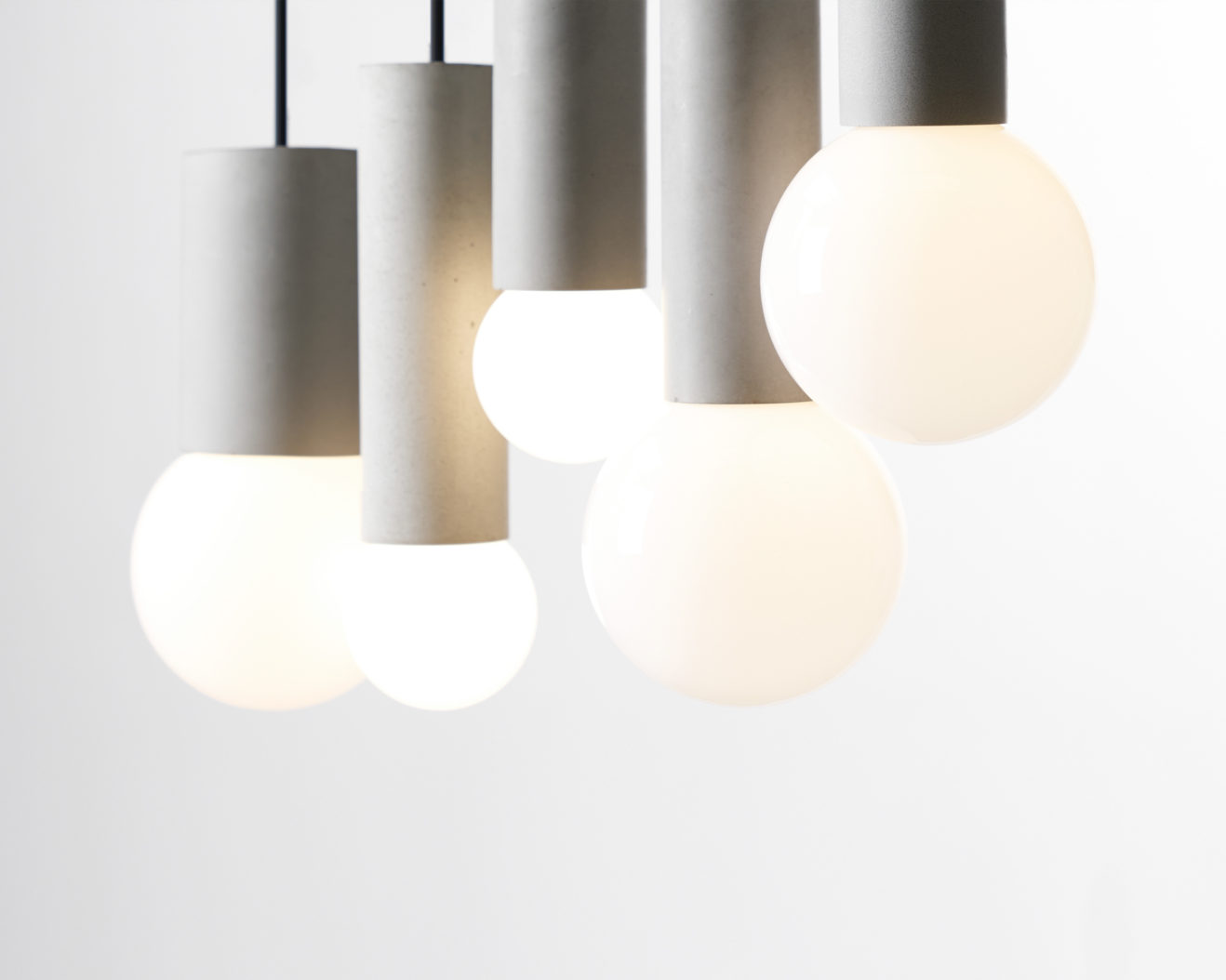 Ball_Bentu_Design_Lamp-1318x1054