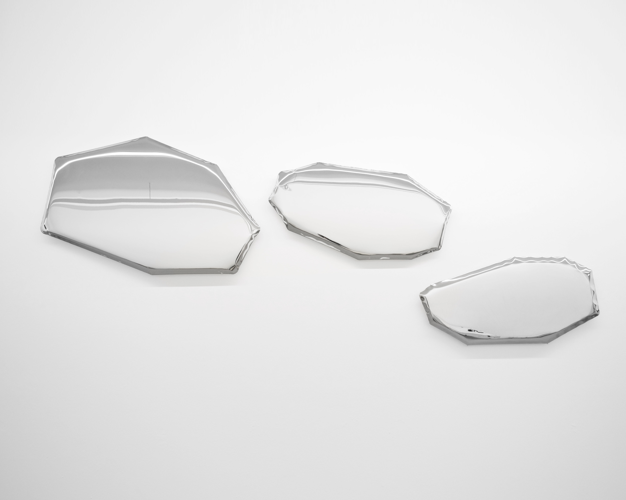 Zieta-Prozessdesign-Tafla-Mirror-Savannah-Bay-Gallery-4