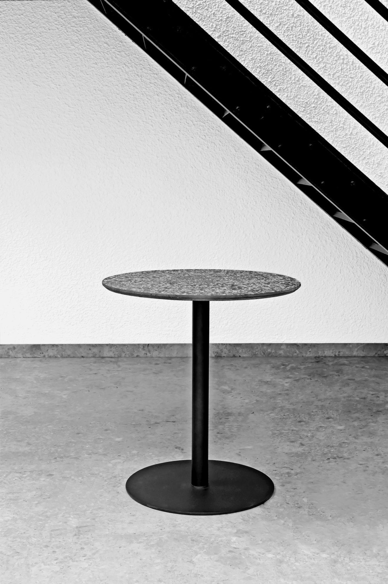 terrazzo-black-table