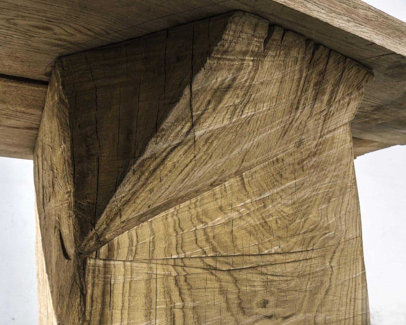 Soha-Massive-Table-Savannah-Bay-Gallery-Design-2