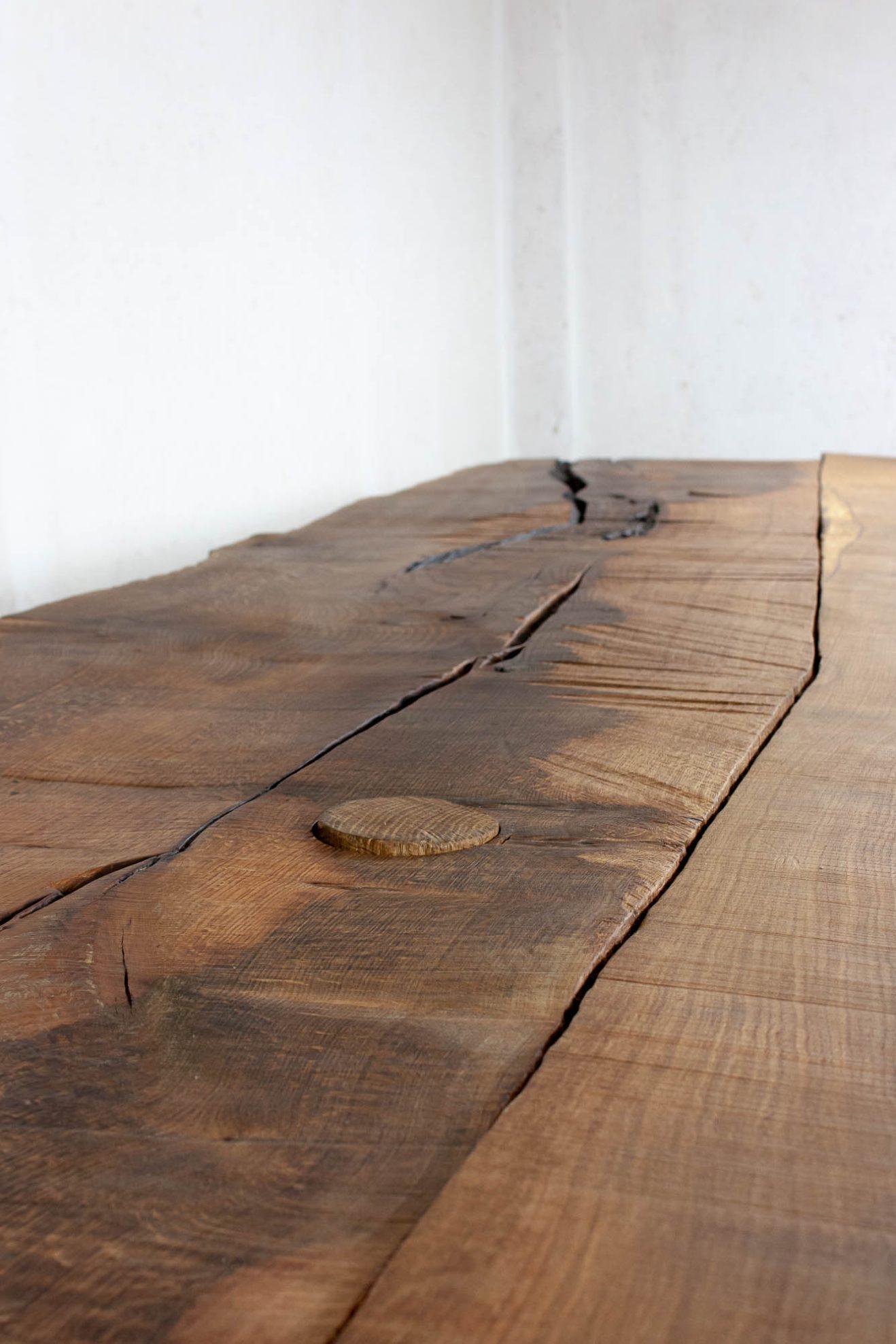 Massive Table #1 by Soha Concept, Denis Milovanov 3