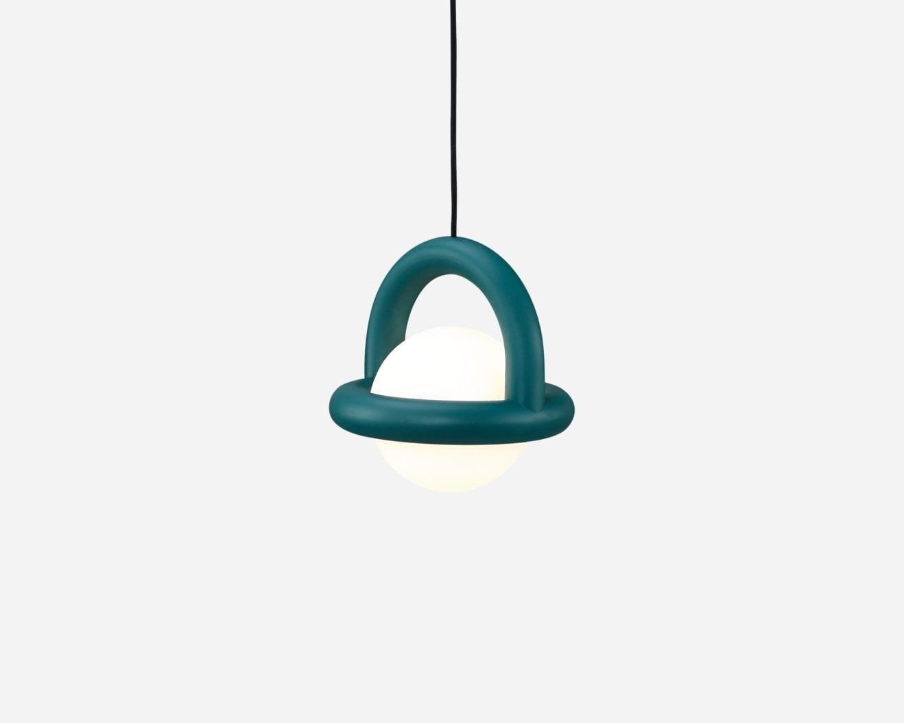 Ago-Lighting-balloon-pendant-1