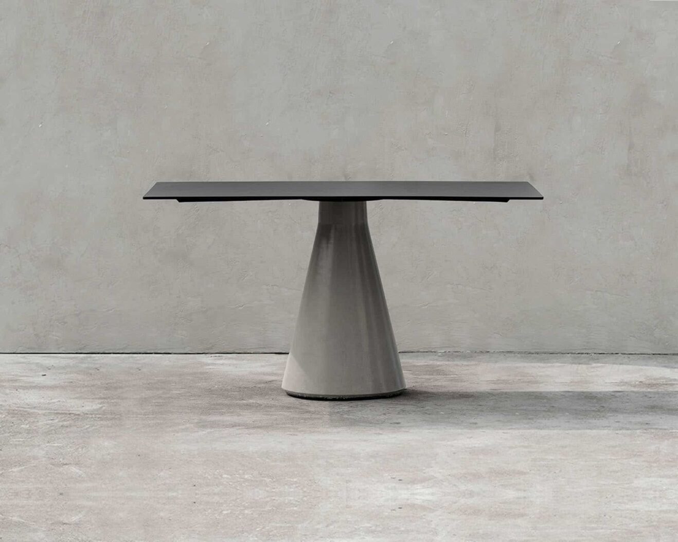 Bentu-Design-Ding-Medium-Table