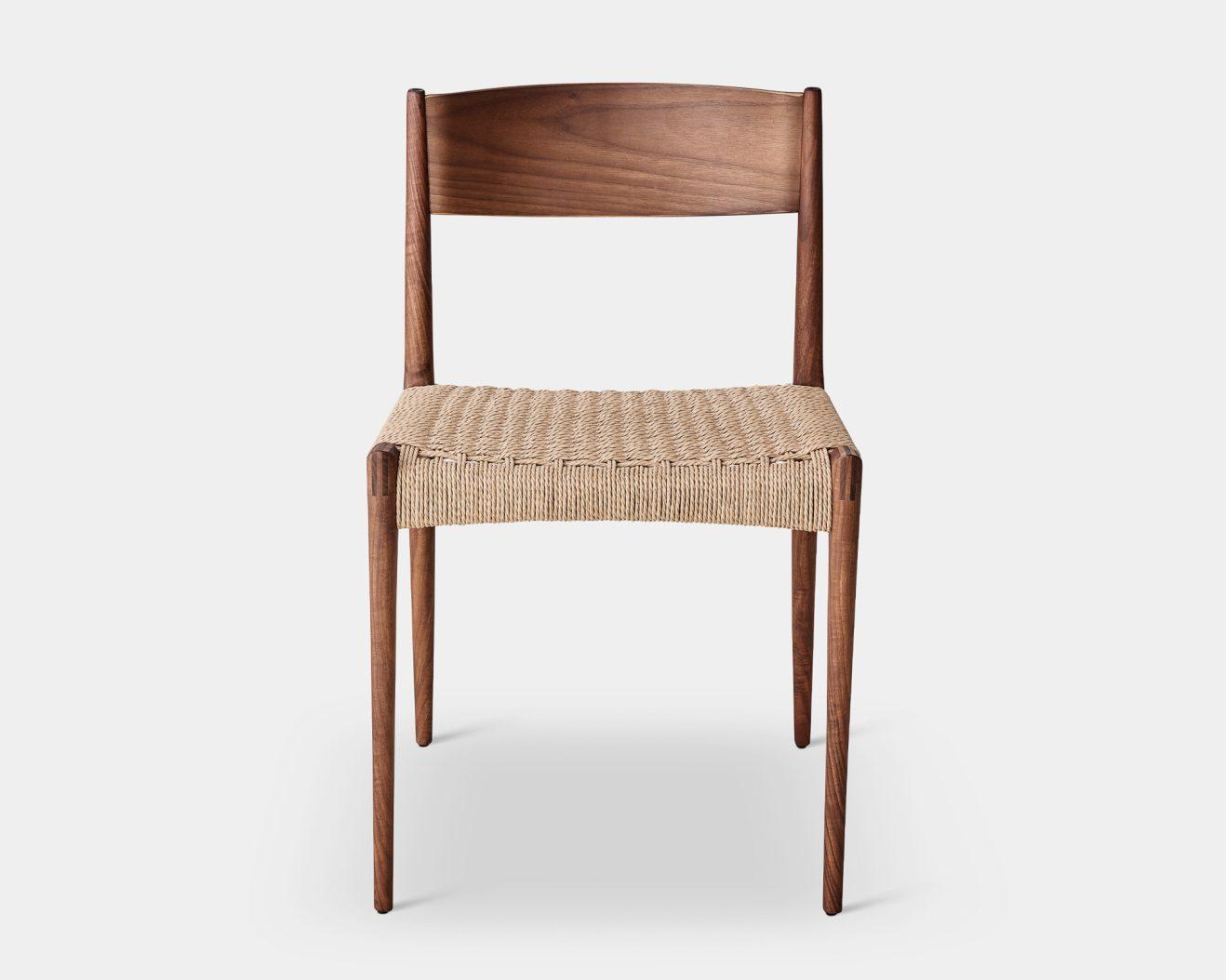 DK3-PIA-Chair-Walnut