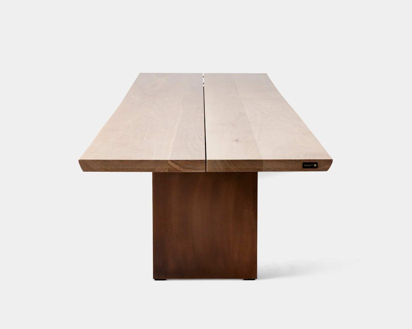 DK3-TREE-Massive table-Soap Oak-2