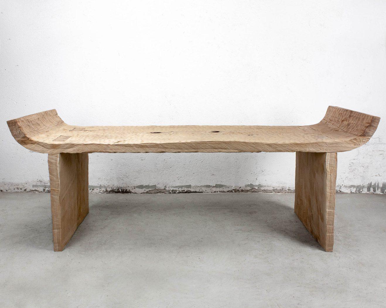 Soha-Bench-Antique-Light-2